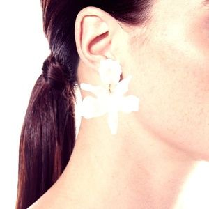 Lele Sadoughi Pearl Small Paper Lily Earrings